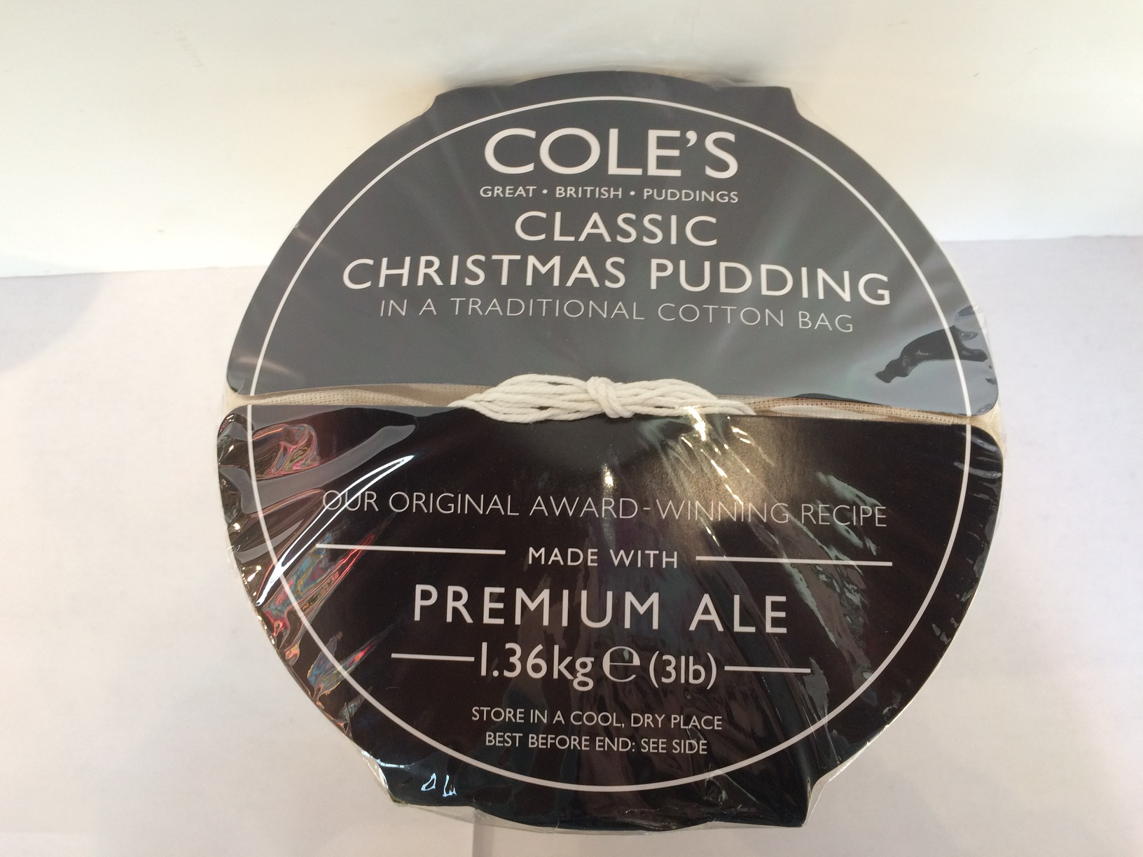 Cole's Classic Christmas Pudding 1.36kg